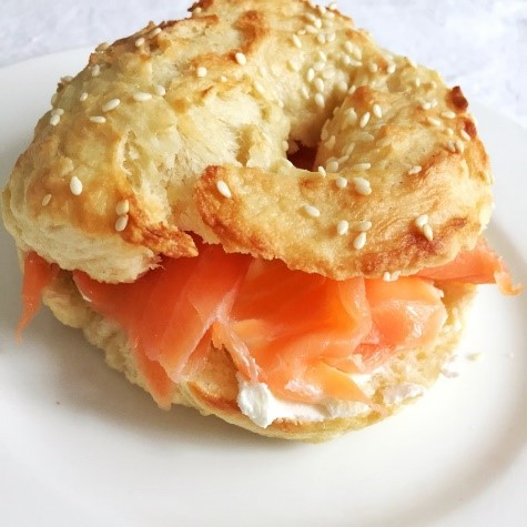bagel con salmone per brunch